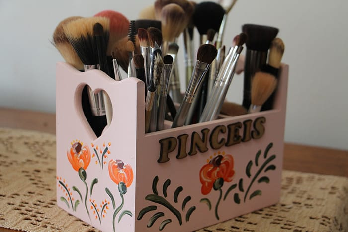 Dishwasher Tips from Appliance City - Makeup Brushes
