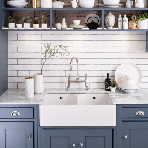Country style kitchens: Sinks and Taps