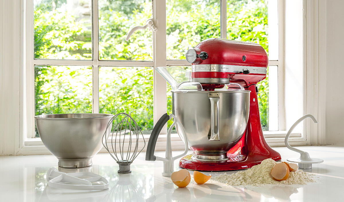 What stand mixers do celebrities use?