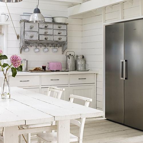 Country style kitchens: Smeg Larder Fridge And Frost Free Freezer Pack