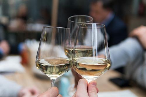Wine Lovers: White Wine