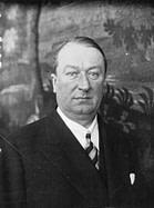 Ettore_Bugatti_in_1932