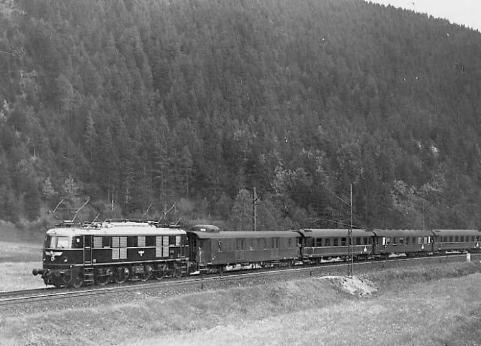 AEG 1938 Locomotive