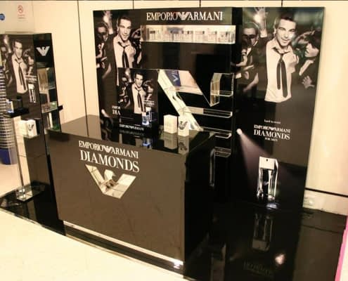 StudioTak High Gloss Black Floor for Retail Display